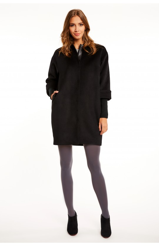 Płaszcz w czarnym kolorze - 268