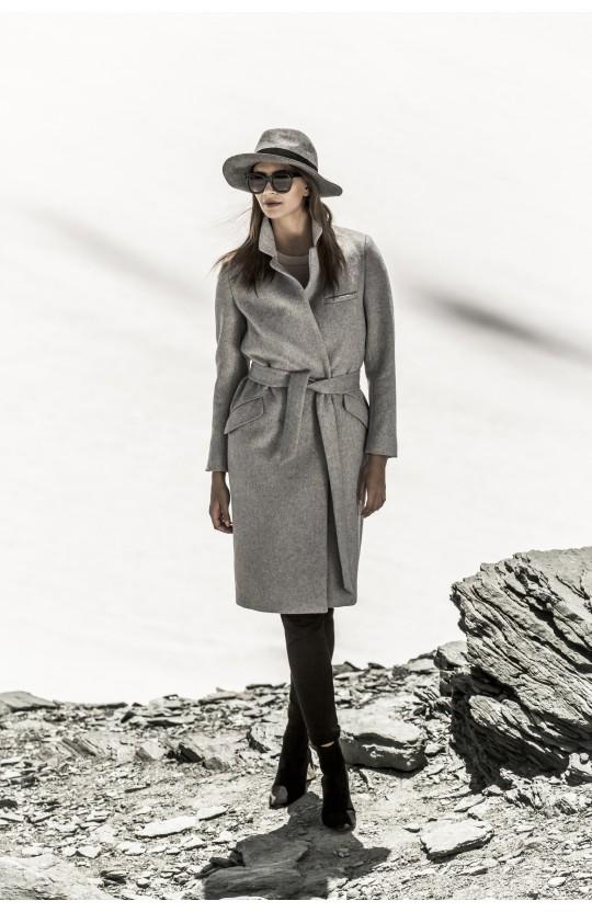 Płaszcz zimowy jasnoszary, 266
