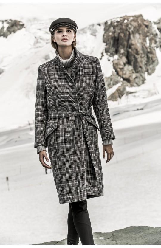Płaszcz zimowy w kratkę, 266