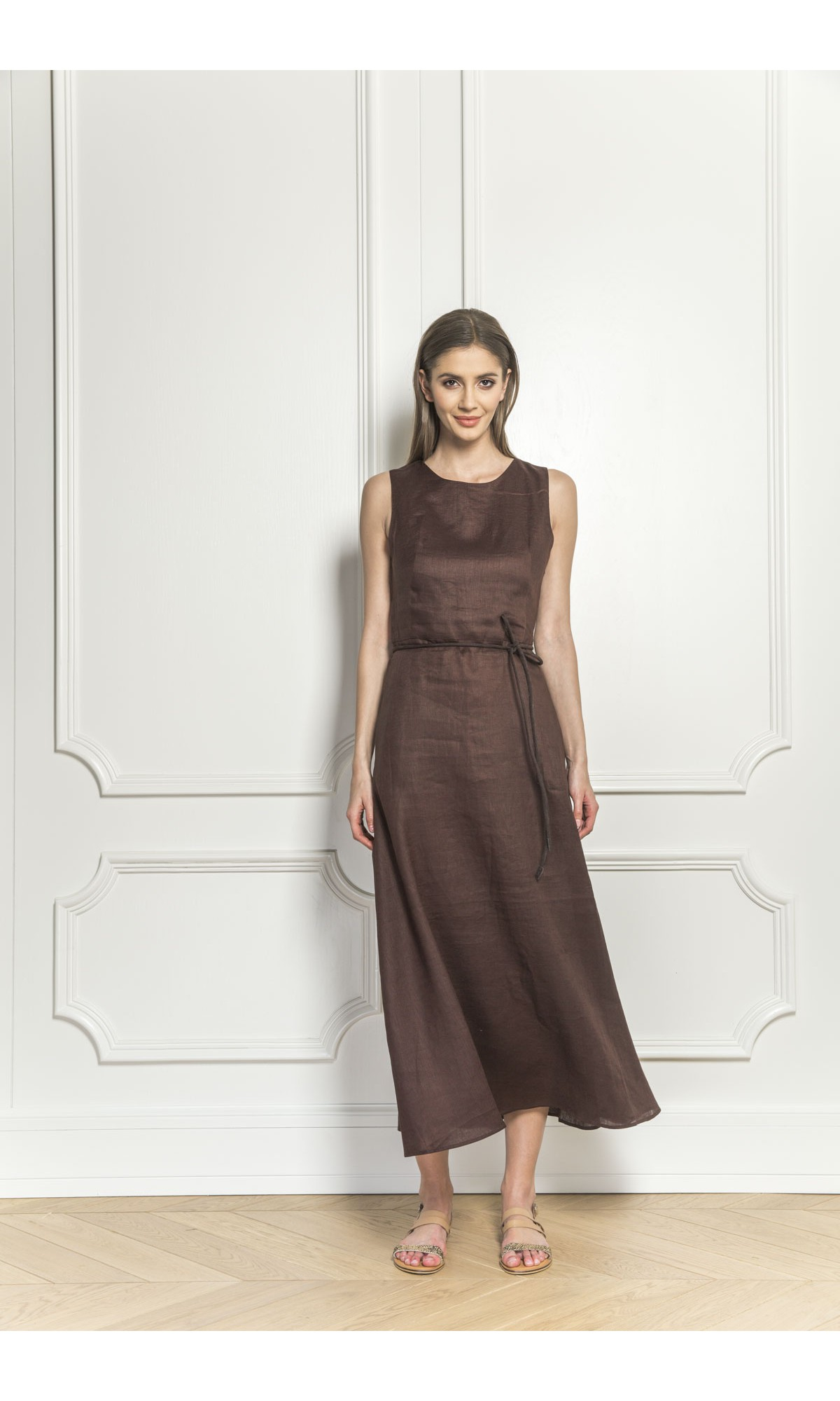 Sukienka lniana w kolorze brązowym