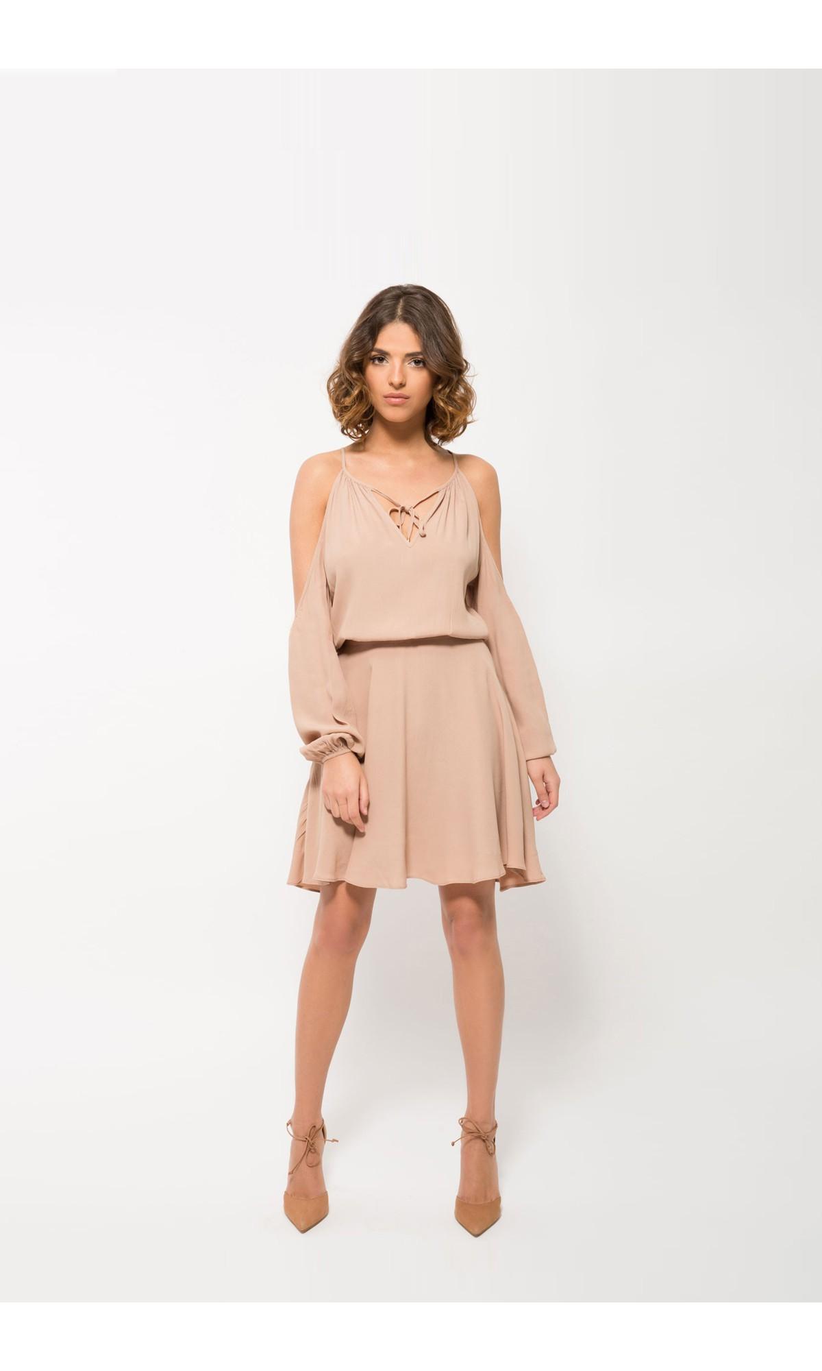 Sukienka mini w kolorze beżowym