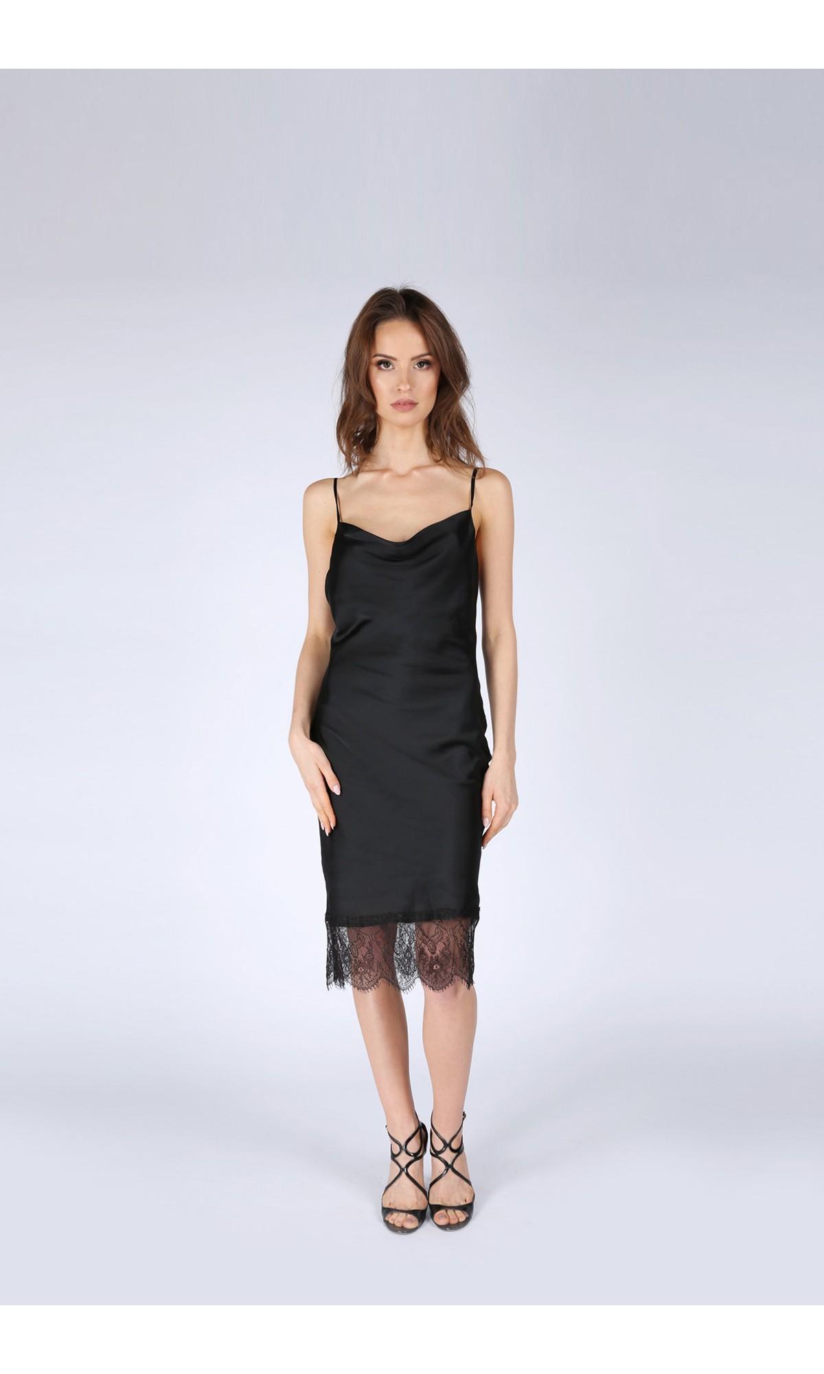Sukienka z koronką, w kolorze czarnym