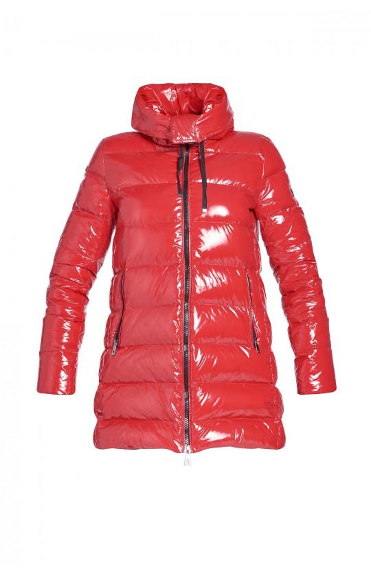 Kurtka zimowa Tiffi w kolorze czerwonym z kapturem, puchowa z połyskiem