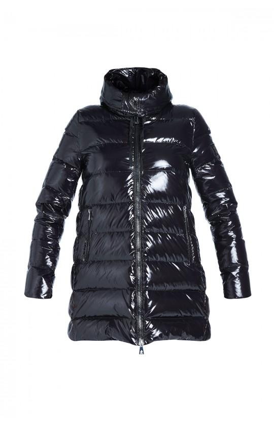 Kurtka zimowa Tiffi w kolorze czarnym z kapturem, puchowa z połyskiem