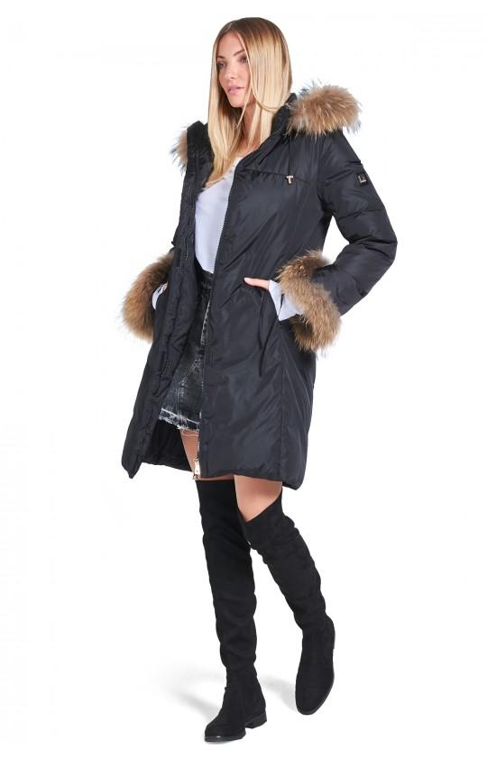 Kurtka zimowa Tiffi z kapturem w kolorze czarnym, puchowa, futro