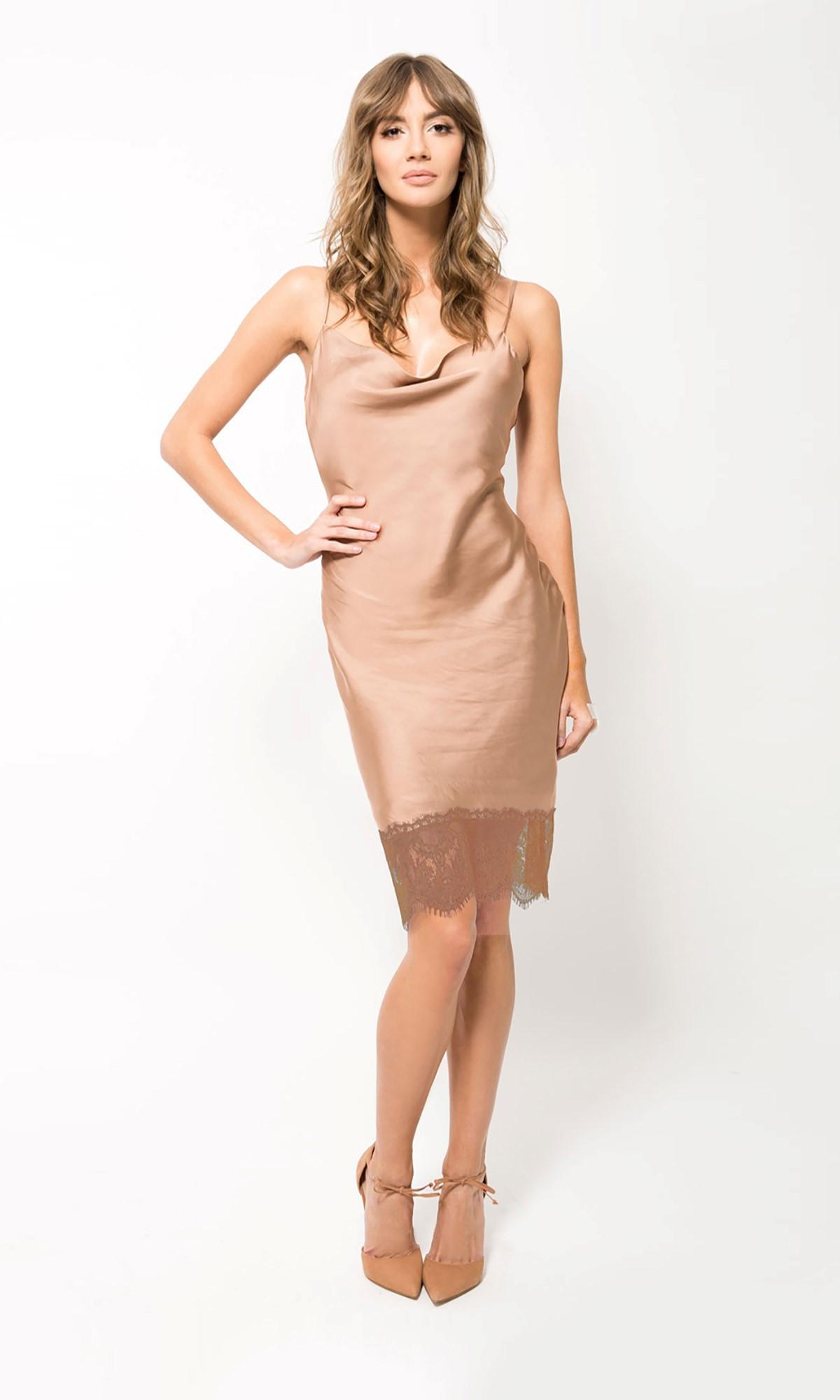 Sukienka z koronką, w kolorze beżowym