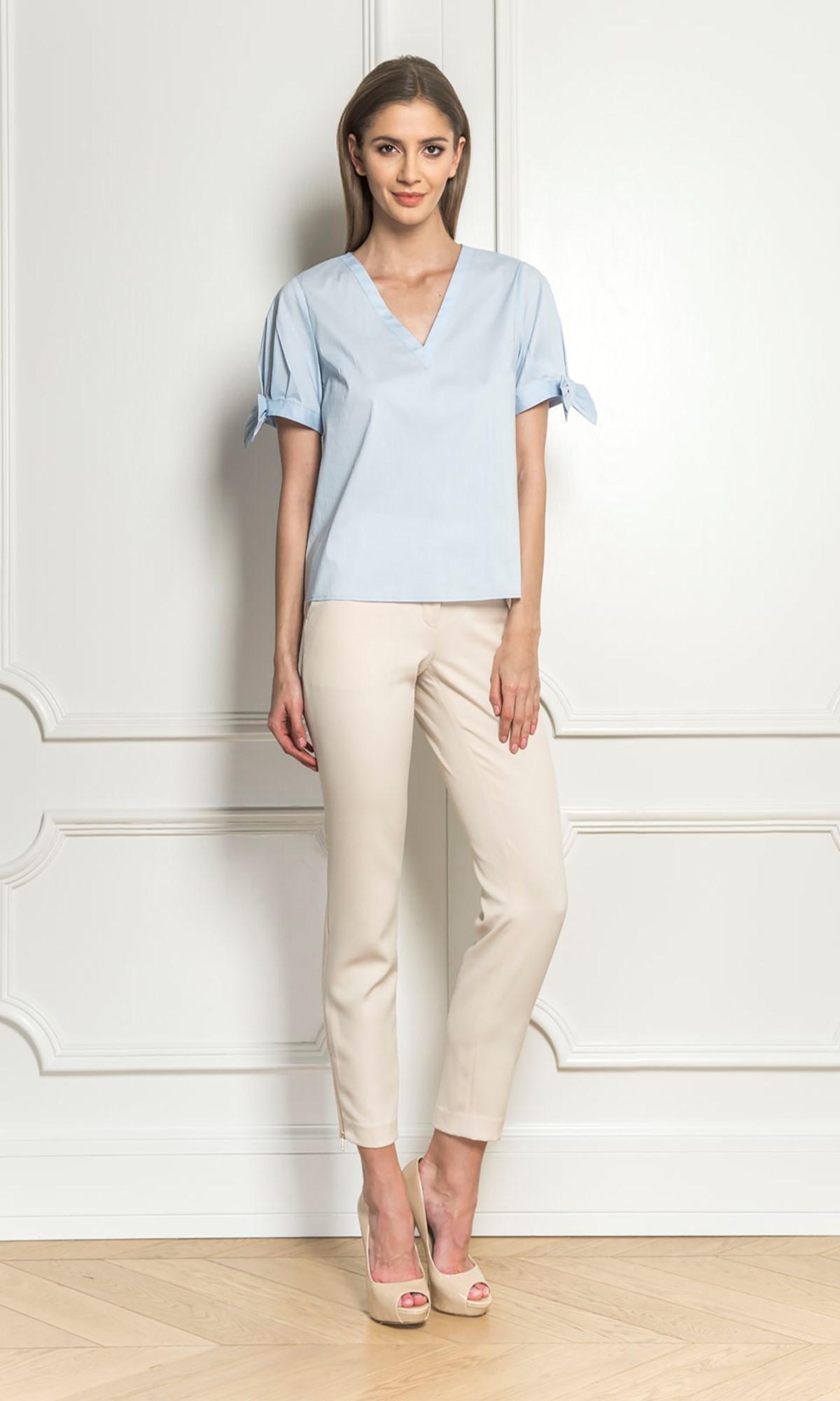 Bluzka koszulowa z kokardami, w kolorze niebieskim