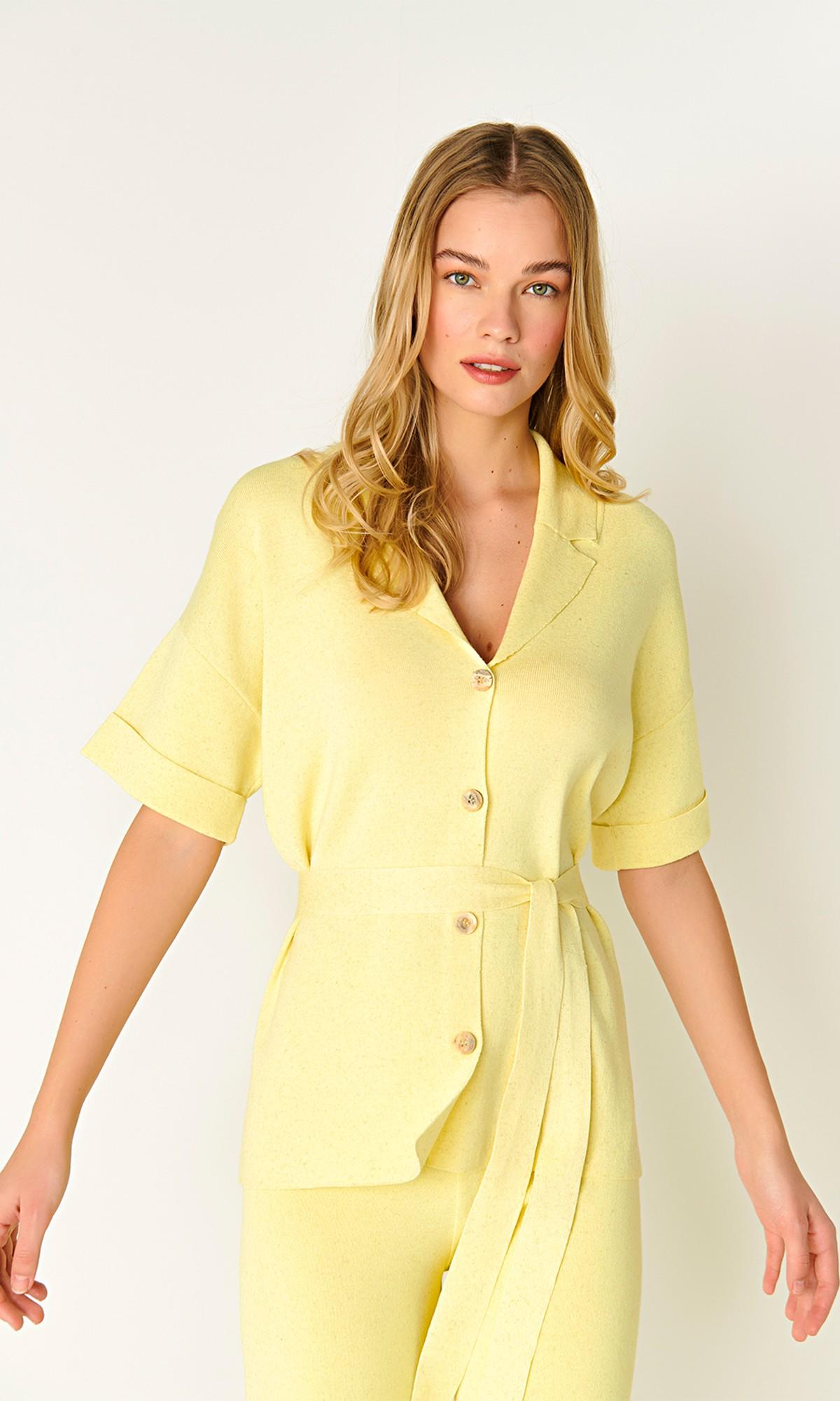 Żakiet dzianinowy, w kolorze żółtym